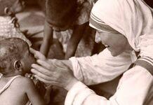 servir e ajudar o próximo madre tereza de calcuta